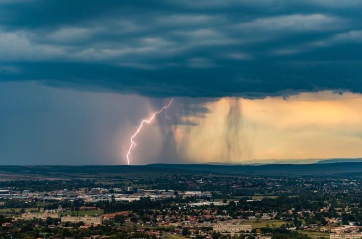 lightning 12